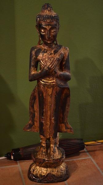 Buddha in legno