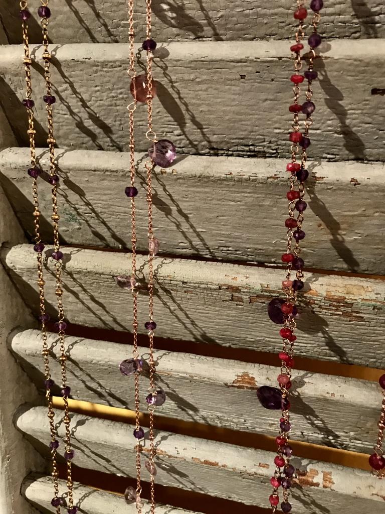 Collane lunghe in argento con pietre semipreziose