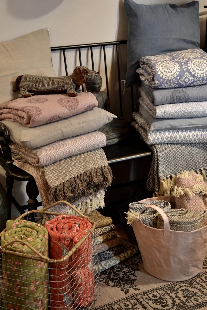 Plaid e quilt in cotone – Cuscini in lino
