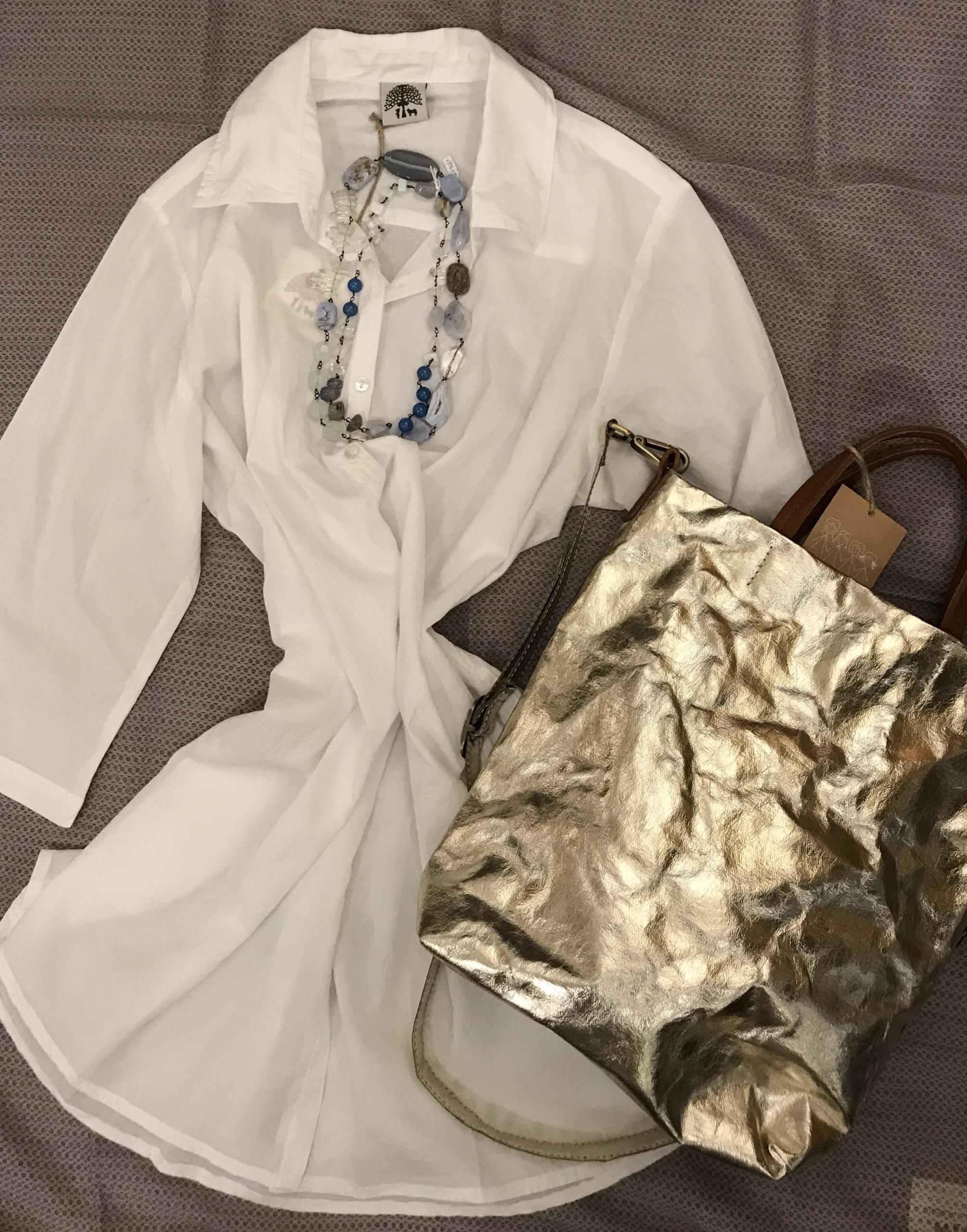 camicia - copricostume 100% cotone, borsa in carta lavabile, collana concatenata con pietre semipreziose.