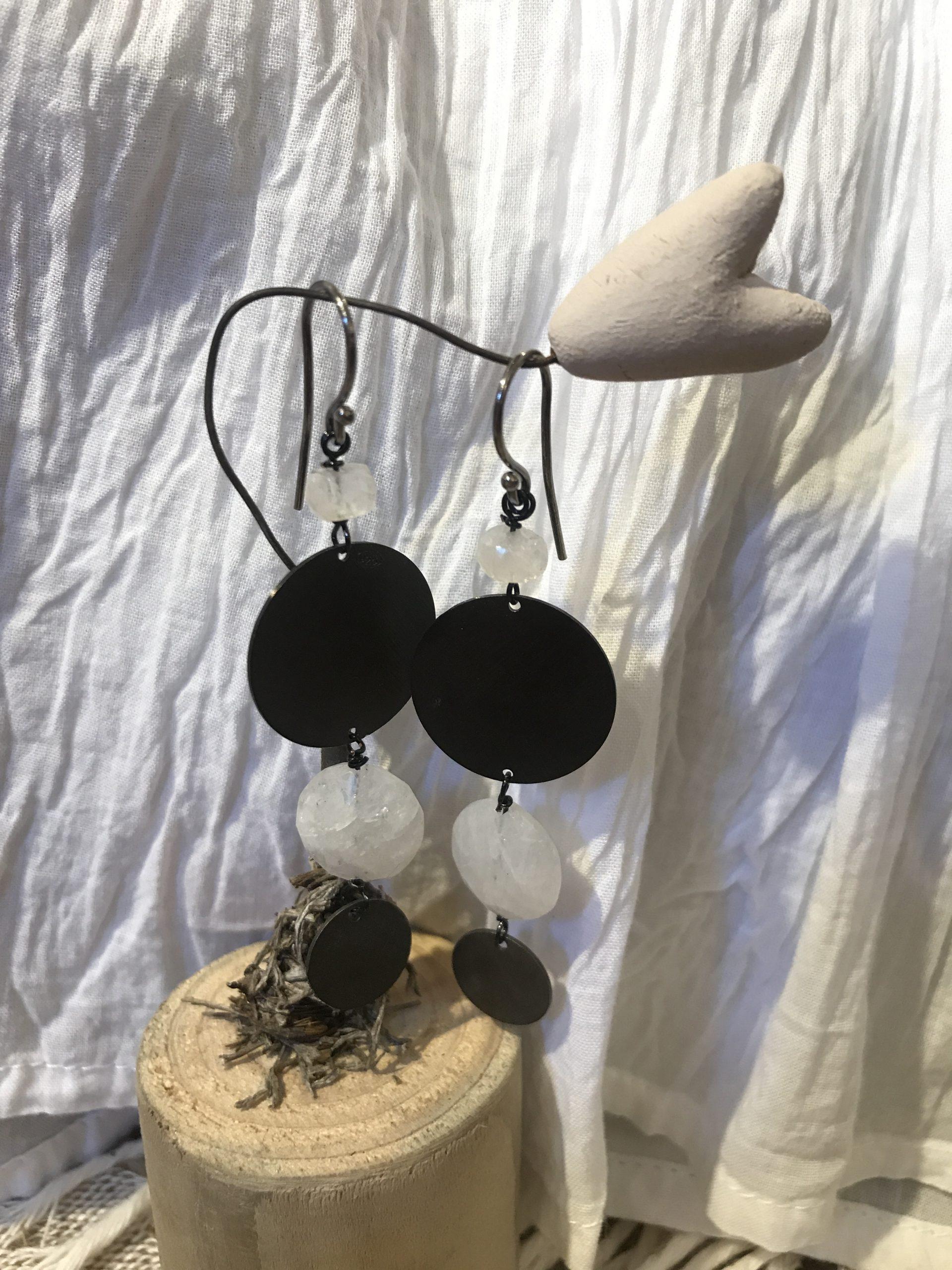 Orecchini bruniti labradorite bianca